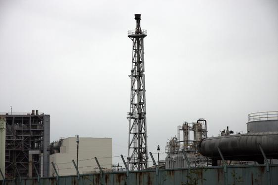 日本海石油